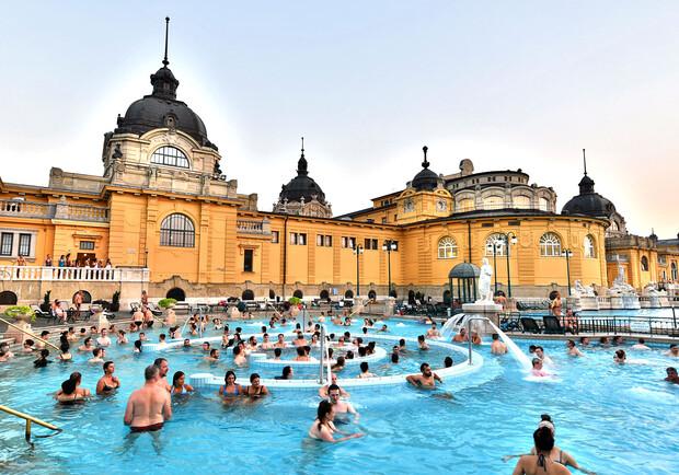 В центре Харькова предлагают построить общественные купальни. Фото: intltravelnews.com