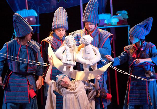 Цирк на льду, Pianoбой, спектакль о войне на Донбассе: куда пойти в Харькове на этих выходных фото 5